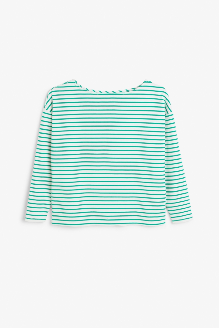Boat neck top